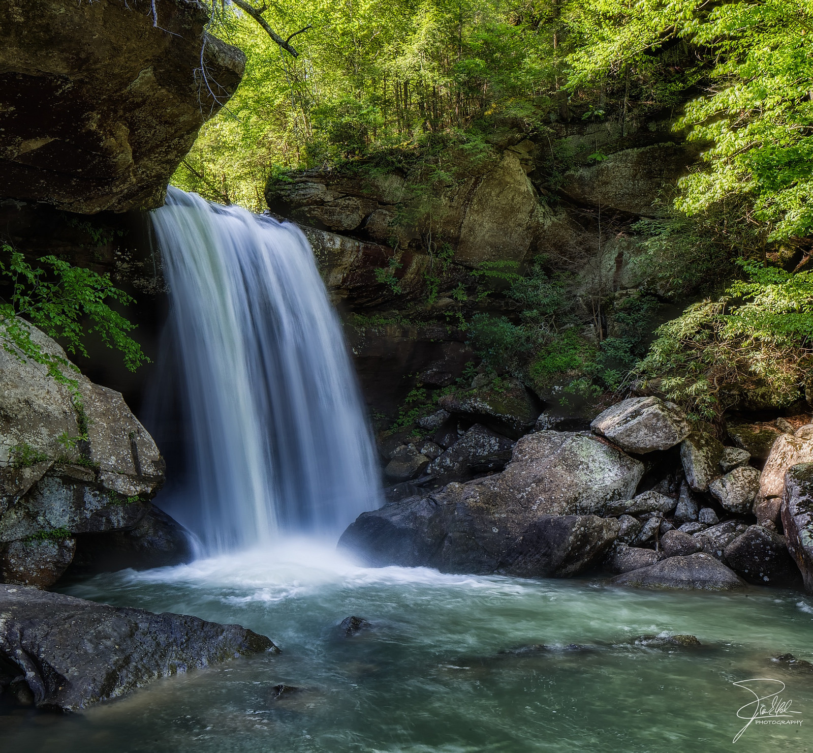 Majestical Waterfalls In Kentucky That Will Make Your Jaw Drop