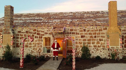 9) Largest Gingerbread House