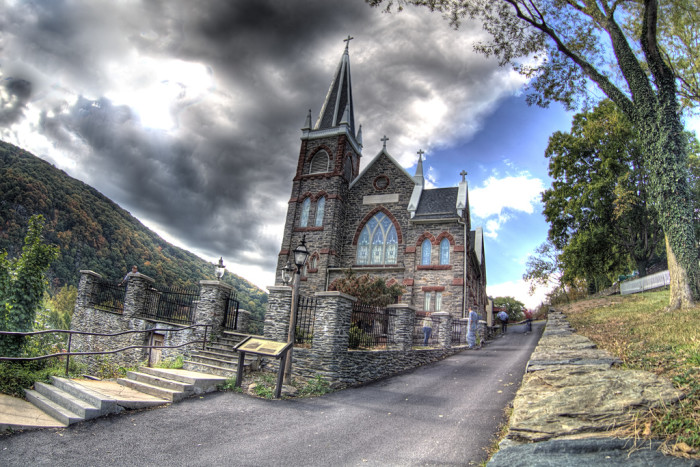 6) St. Peter's Roman Catholic Church is located in Harpers Ferry, WV.
