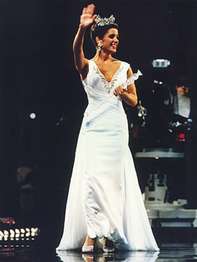 6.) In 1995, Alabama crowned Heather Whitestone as Miss America - the first Miss America to be chosen with a disability.