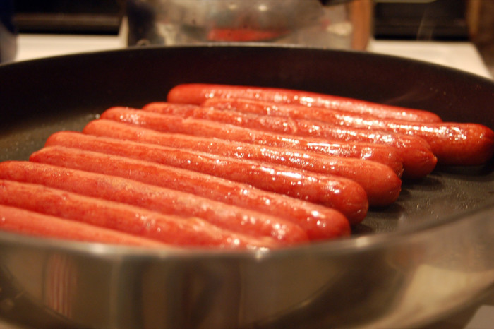 5) Whats on their hot dog?