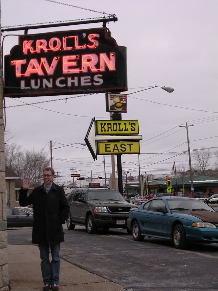 4. Kroll's (Green Bay). Whether you're an east side or west side fan, this place serves up great burgers.
