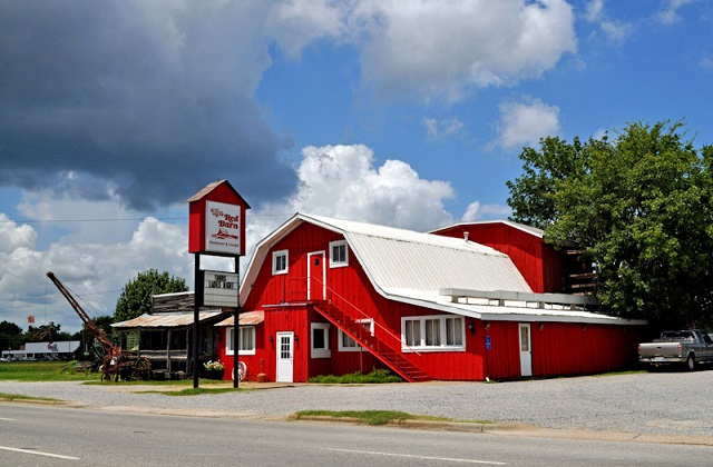 6.) Red Barn Restaurant - Demopolis