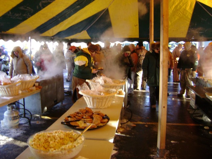3. Tailgating. No one does it better than the people in Green Bay. Sub-zero temperatures never stopped us.