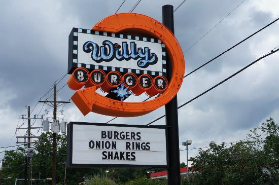 2) Willy Burger - Beaumont, TX