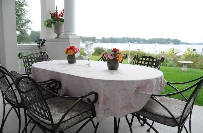 10-winona-lake-inns-blueheronguesthouse3