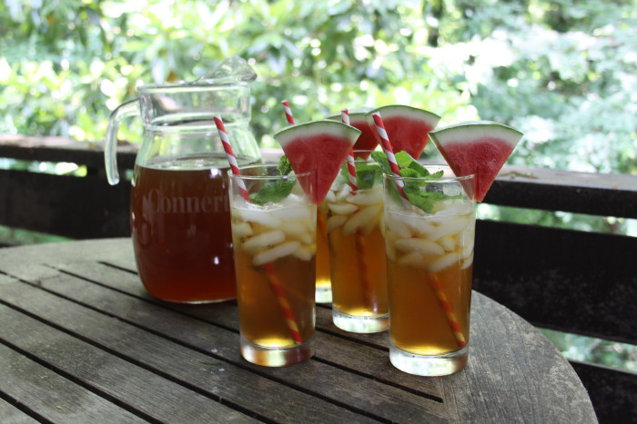 6. South Carolina brought the country sweet tea which is a much beloved drink of the South and it's working its way across the states.
