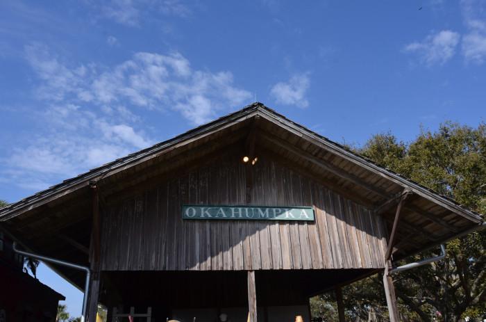 8. Okahumpka, FL