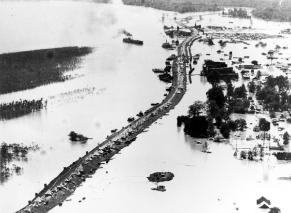 3. Great Flood of 1927: The most destructive and costly flood in Arkansas history covered about 6,600 square miles and put 36 out of 75 of the state's counties under water during the summer of 1927. More than 100 people died.