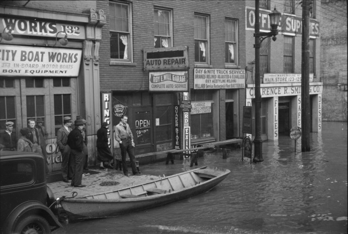 9. The 1936 Ohio river flood in Louisville