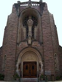 10 Beautiful Churches ...