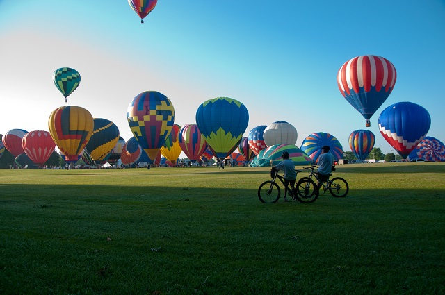 1. Attend the Alabama Jubilee Hot Air Balloon Classic at Point Mallard Park, in Decatur, on May 23-24.
