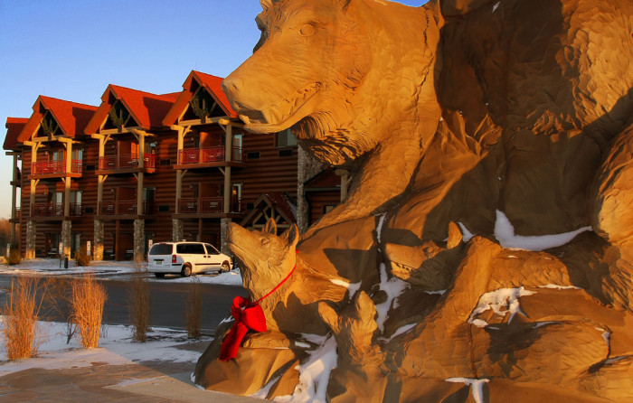 9) Great Wolf Lodge