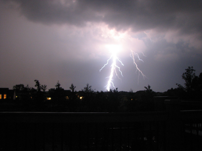2) And thunderstorms can get pretty crazy here.