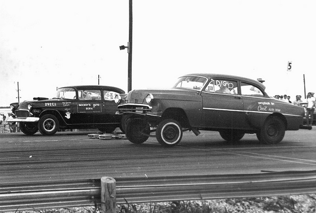 5) Drag racing in Austin in 1967. I wonder how fast those cars went?