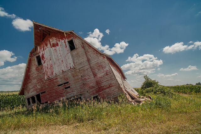 3. This battered barn still retains a certain beauty.