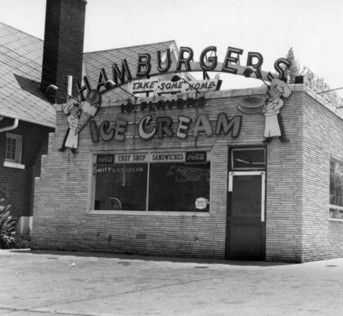 10. An ice cream and burger parlor in the early 1900s on 44 and Broadway in Louisville.