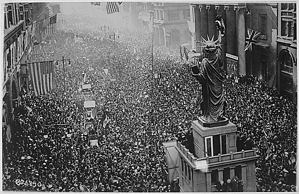 15. Broad St. Philadelphia, Celebrating the Armistice, November 11, 1918