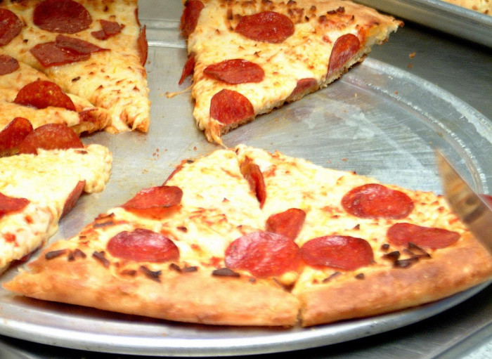 6) Cleveland Pizza Fest (June) where pizza is appropriately celebrated.