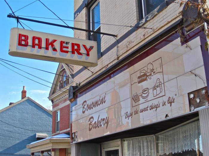 3) Bonomini Bakery (Cincinnati)