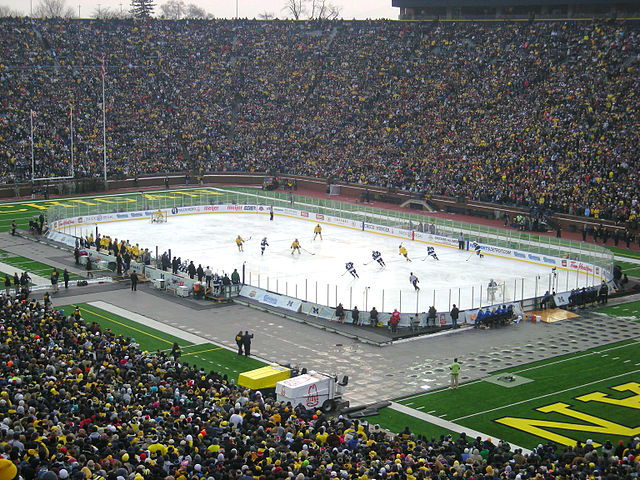 7) Largest attendance at a hockey game