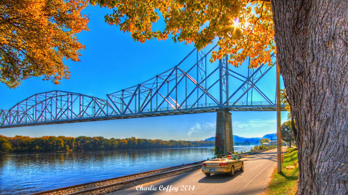 6. A sunny day at the Lansing/Black Hawk Bridge