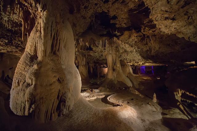 9) Inner Space Cavern - Georgetown