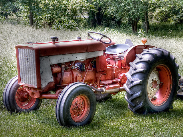 7. Gas Tractor: Now I know this one seems like a given being in Iowa and all, but the first gas-powered tractor was a really big deal. The inventor, John Froelich, went on to start a company that would become John Deere.