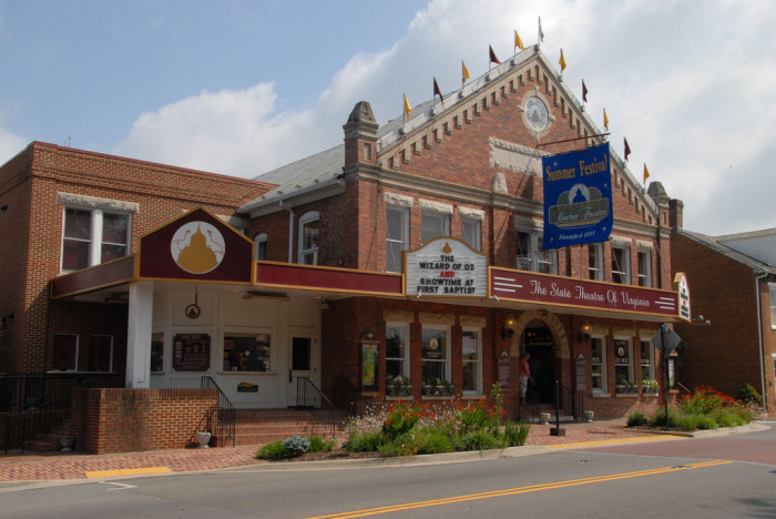 5. World-Class Theatre and One Heck of a History: Barter Theatre , Abingdon