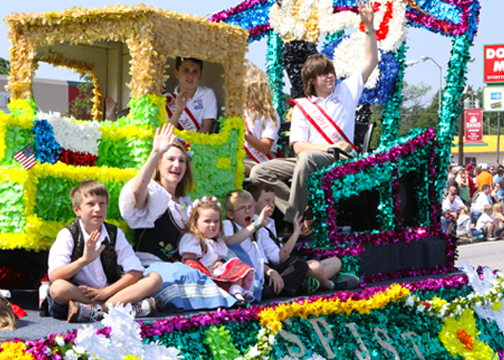12) Attend the National Polka Festival in Ennis, TX and celebrate Memorial Day Czech style. The festival runs from May 22-24 and features a parade, music, delicious food, polka dancing (of course) and even a kolache eating contest. You won't wanna miss it!