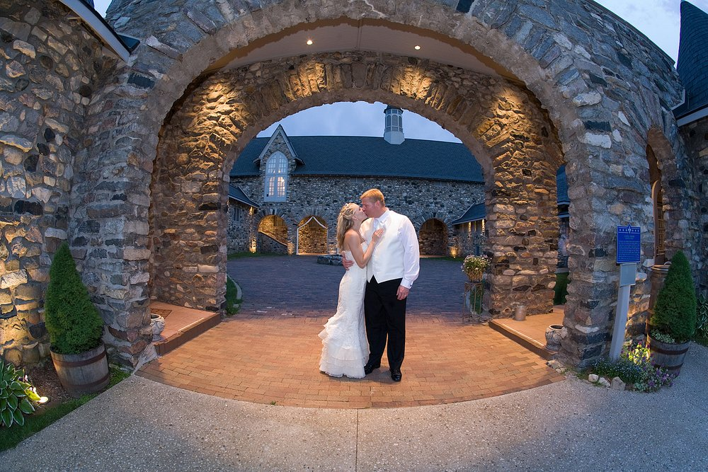 You Must Book Your Wedding At One Of These 9 Michigan Venues