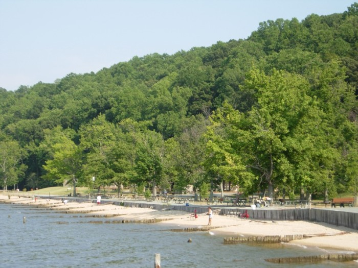 Colonial Beach 1