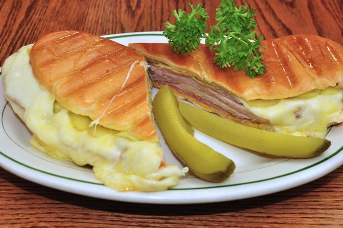 5. Cubano (Cuban sandwich)