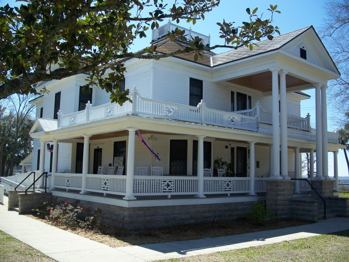 9. Eustis Historical Museum and Preservation Society (Clifford House), Eustis, FL