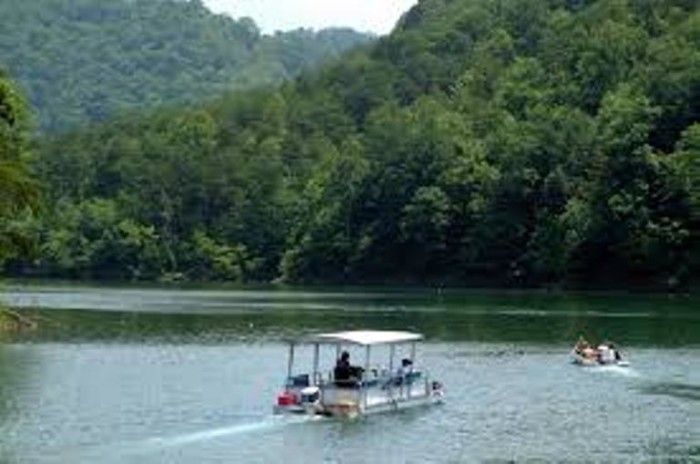 7. FishTrap Lake State Park in Eastern Kentucky