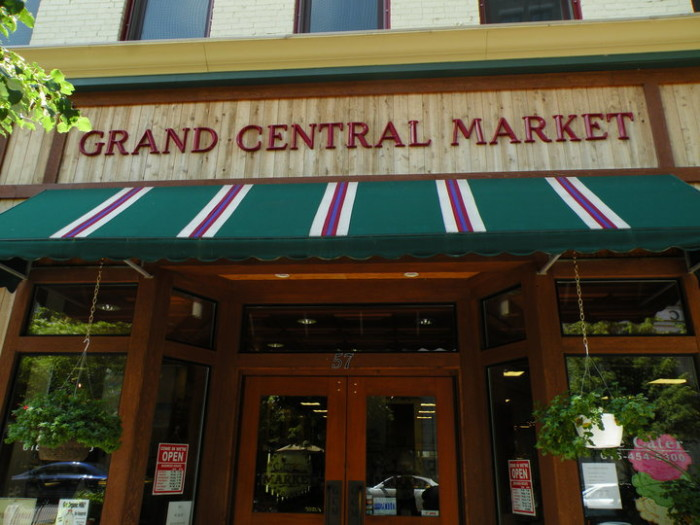 13) Grand Central Market and Deli, Grand Rapids