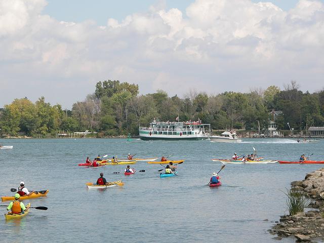 5) Kayaking Detroit River