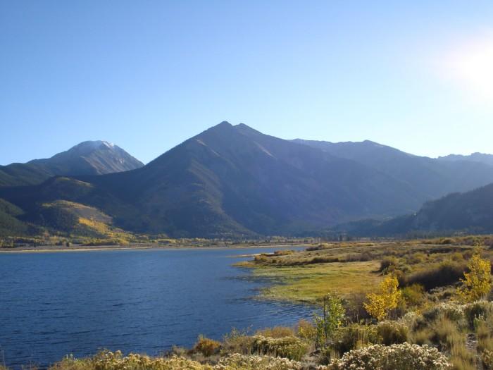 5) Twin Lakes
