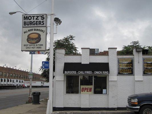15) Motz's Hamburgers, Detroit