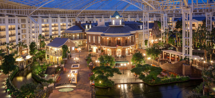 4) Opryland Hotel & Resort - Nashville
