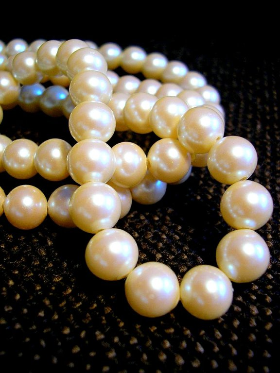 8.	Southern women wear pearls with every outfit? Cannot argue this one when it comes to our older generations.