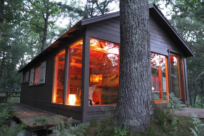 3) Pere Marquette Riverfront Cabin, Baldwin