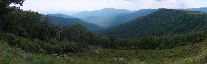 7. Explore the Shenandoah Valley.