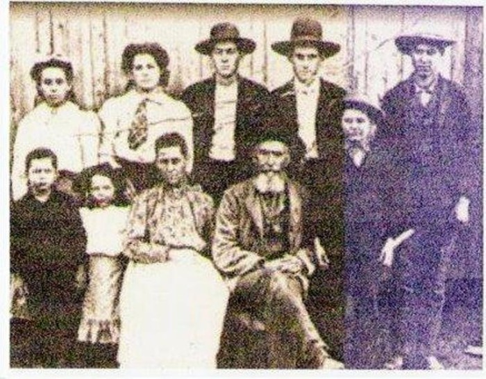 3. This is an image of the Cherokee people in Scuffletown and Henderson Kentucky. Wiki
