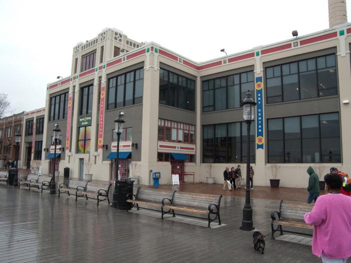 15. Torpedo Factory Art Center, Alexandria