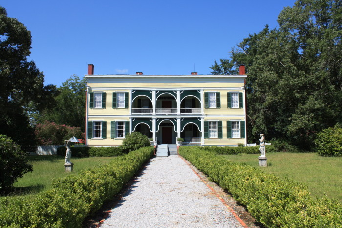 10 oldest surviving plantation homes in alabama for Wakefield house