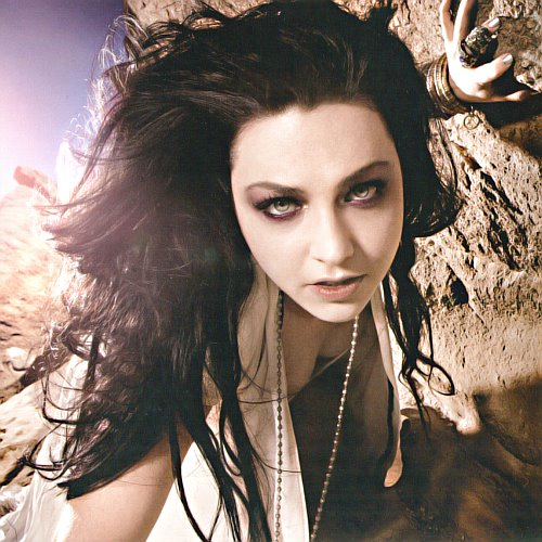 7. Amy Lee: This Grammy-award winning lead singer for rock band Evanescence was born in Riverside, California, but Amy's family moved twice more before settling in Little Rock, Arkansas. Amy attended and graduated from Pulaski Academy in Little Rock.