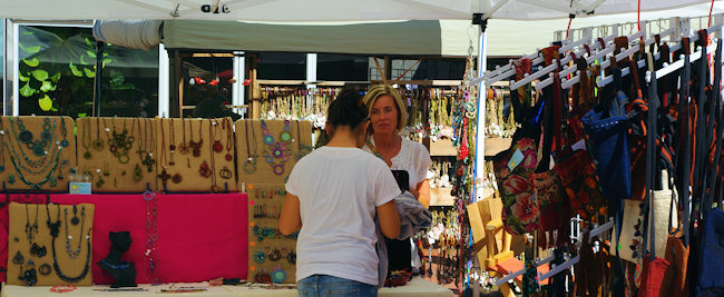 What to do at home asheville or wilmington for memorial day for Lake lure arts crafts festival