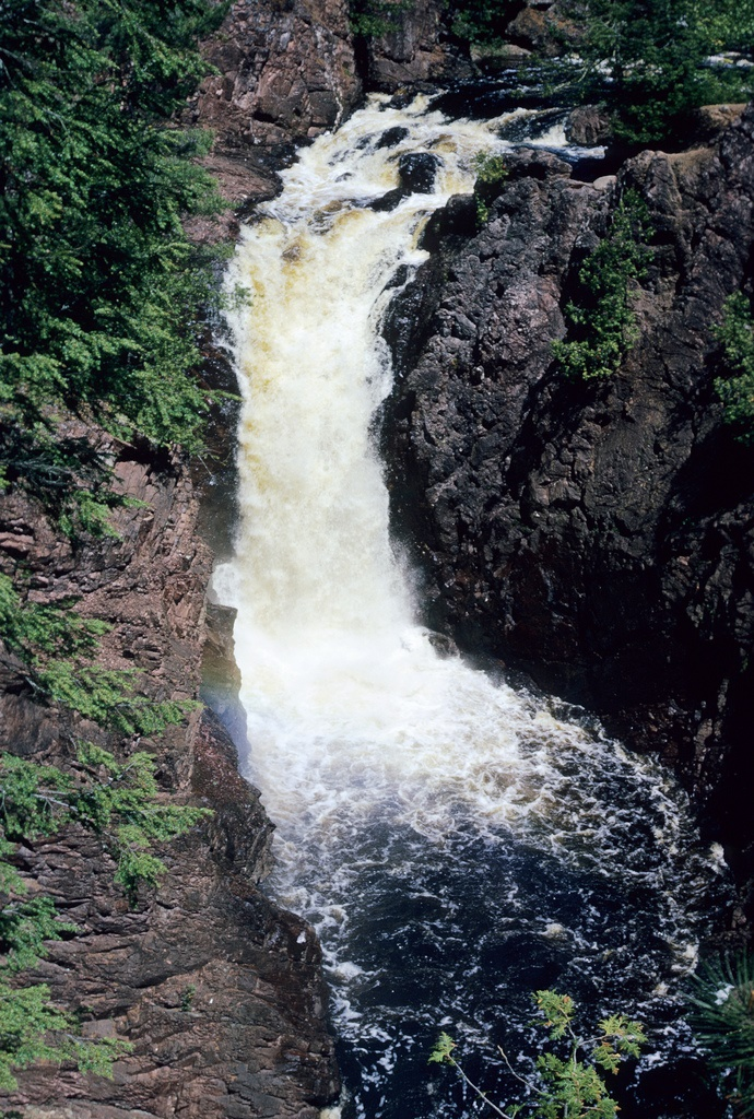 5. Brownstone Falls is located near Mellen and has a height of 30 feet.
