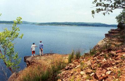 7. Bull Shoals Lake:  A reservoir in the Ozark Mountains of northern Arkansas, this lake is perfect for boating, water sports, swimming, and fishing.